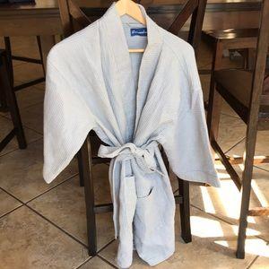 Leisureland grey waffle robe